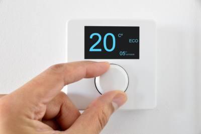 https://climalcor.com/ahorrar-electricidad-en-verano/